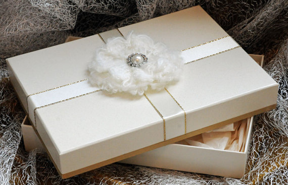 A5 Keepsake Presentation Gift Box. Ivory Card With Luxury Gold ...
